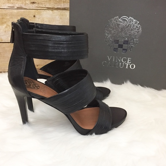 871550a18bfb8 Vince Camuto Fia heeled sandals